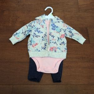 🌸Cute 3-Piece 3Month Jacket, Onesie and Pant🌸🎀